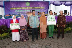 penghargaan wisudawan dan wisudawati tahfidz pondok modern assalaam tahun pelajaran 2018/2019